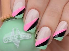 nail art: Tape Manicure