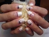 Pop Christmas nails