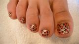 leopard pedicure