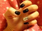 Simple black nail art