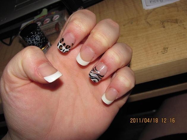 Self done acrylic nails and animal print nail art gallery self done acrylic nails and animal print solutioingenieria Gallery