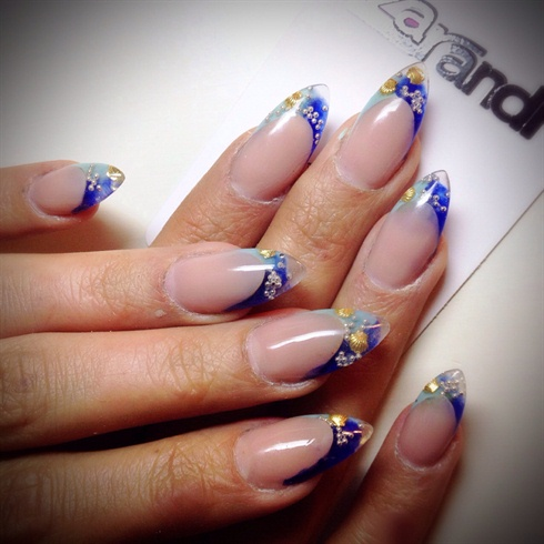 zarandi nail clinic