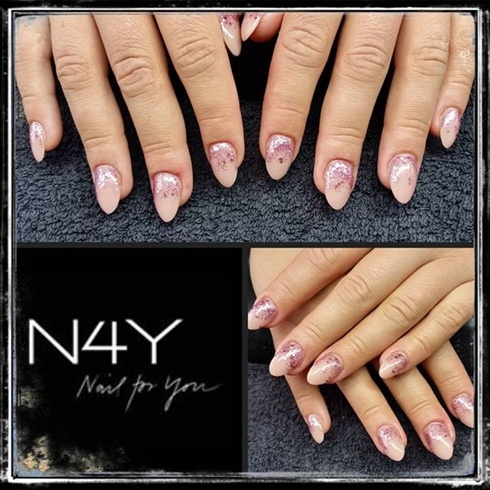 Akryl negle med glimmer nude negle