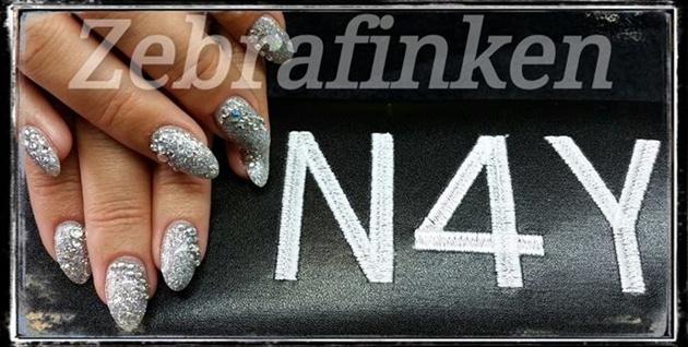 Akryl negle sølv glimmer