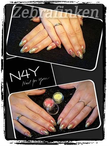 Akryl negle fade